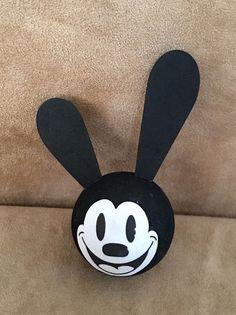 Oswald the Lucky Rabbit Antenna topper ball  Disney figure pink park walt world #Disney