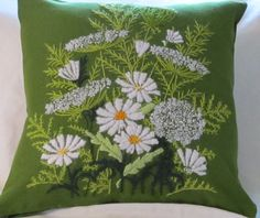 Vintage Crewel Embroidered Pillow. LOVE the Queen Anne's Lace