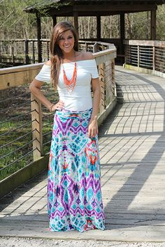 Looking for some unique long skirts : beautiful hippie dippy maxi skirt. Summer Outfits Women Over 30, Casual Summer Outfits, Modest Outfits, Modest Clothing, Size Clothing, Casual Wear, Boho Fashion Summer, Modest Fashion, Wrap Around Skirt