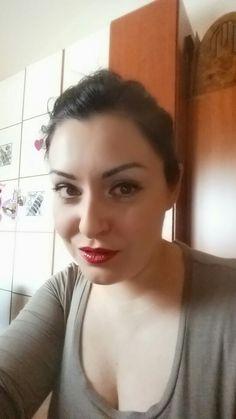 #makeuppinup