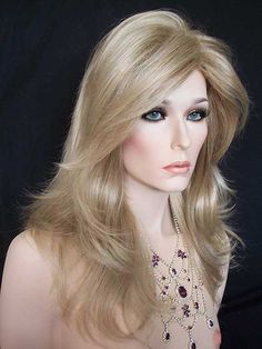Wig: Nirvana Tarah in 2 Tone Blonde with lighter tips.
