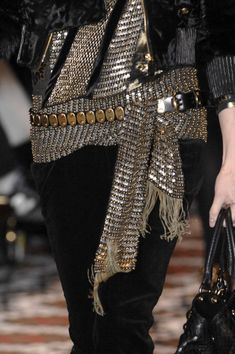 Chainmail or sequins? Don't really care. It's cute!