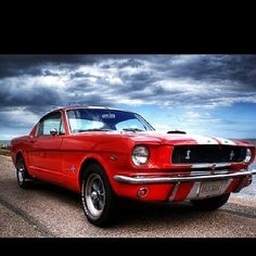 American Classic - 1965 Ford Mustang V8
