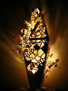 Deconstructed voronoi grasshopper lamp
