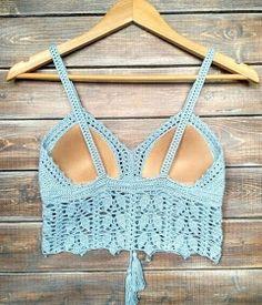 I love handmade Crochet Bra, Crochet Bikini Pattern, Crochet Crop Top, Crochet Blouse, Crochet Crafts, Crochet Clothes, Crochet Projects, Swimsuit Pattern, Mode Du Bikini