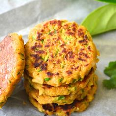 Vegan GF Super-healthy Zucchini Chickpea fritters that can be made in under 15 minutes. Can be served as an accompaniment with any salad Vegan Vegetarian, Vegetarian Recipes, Cooking Recipes, Healthy Recipes, Chickpea Fritters, Zucchini Fritters, Vegan Zucchini, Popular Recipes, Love Food