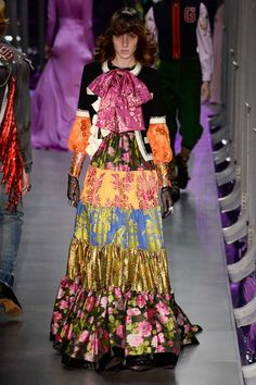 Gucci Fall 2017 Ready-to-Wear Collection Photos - Vogue