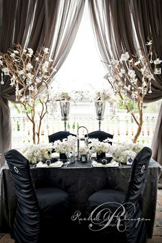 black and white wedding table.