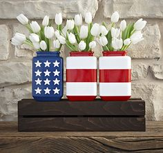 This Stars and Stripes vase project is easy and fun. Click through for the tutorial.