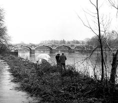 Richmond Footbridges (C) Dr Neil Clifton Richmond Upon Thames, Surrey, Railroad Tracks, Skate, Cities, College, Toe, Photoshoot, London