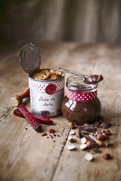 Hemmagjord nutella och dulche de leche Munnar, Fall Halloween, Nutella, Baking Recipes, Food Porn, Presents, Sweets, Candy, Fruit