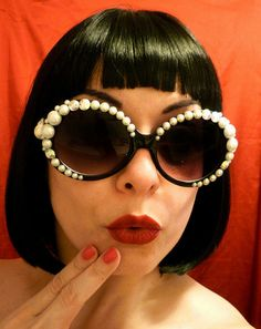 BLACK Round JackieO SUNGLASSES w/Pearls & by DivaWearDesigns, $35.00