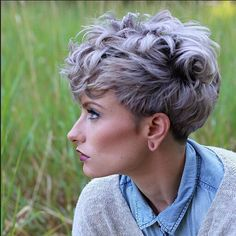 Shaggy-Messy-Spiky-Choppy-Curls-Layered-Pixie-Hair-Cuts-9.jpg 511×511 pixels