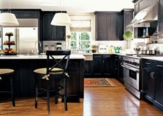 A kitchen with non-white cabinets that I actually really like.