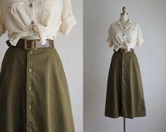 vintage for the modern wardrobe by Modest Fashion, Skirt Fashion, Fashion Outfits, Womens Fashion, Hijab Fashion, Fashion Tips, Vintage Rock, Mode Vintage, Vintage Dresses