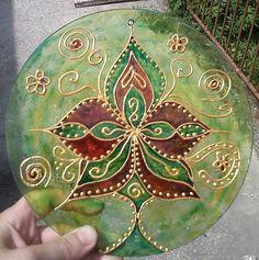 Mandala odvaha-hravosť Christmas Bulbs, Mandala, Holiday Decor, Home Decor, Decoration Home, Christmas Light Bulbs, Room Decor, Home Interior Design, Mandalas