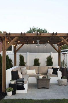 The Happiness of Having Yard Patios – Outdoor Patio Decor Backyard Patio Designs, Pergola Patio, Pergola Ideas, Diy Patio, Backyard Gazebo, Pergola Kits, Modern Pergola, Pergola Decorations, Back Yard Patio Ideas