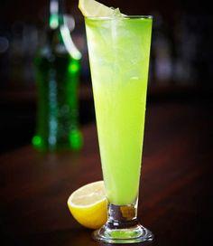 Recept på en fräsch drink med smak av äpple och vanilj. Lätt att blanda och fin att servera.