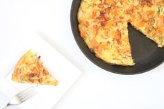 Kaas-uien zoete aardappeltortilla – 5 or less