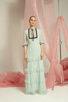 b30fe9fd358 Rachel Antonoff Fall 2017 Ready-to-Wear Fashion Show