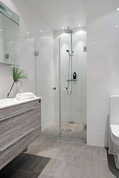Best bathroom design ideas, for everything from bathroom remodeling to whole bathroom renovation. Bathroom Remodel Campbell, CA Is here to help you out. Trendy Bathroom, Modern Bathroom Design, Bathroom Styling, Bathroom Renovations, Cottage Style Bathrooms, Bathroom Design Small, Bathroom Design, Beautiful Bathrooms, Bathroom Renovation
