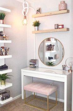 36 Most Popular Makeup Vanity Table Designs 2019 - WG-Zimmer - Furniture Makeup Table Vanity, Vanity Room, Vanity Ideas, Diy Vanity Table, Makeup Tables, Makeup Desk, Bedroom With Vanity, Teen Vanity, Small Vanity Table