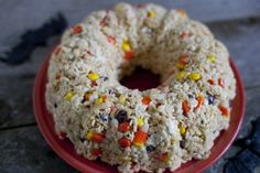 """The cool thing is, this """"cake"""" cost only $4 to make but can be sliced into 20 pieces! It's a really affordable option for bringing to a Halloween party. So even though it certainly isn't healthy, it's cheap and easy."""