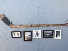 Retro Hockey Stick with 5 Hanging Frames.They had this for sale in Kenora when … Retro Hockey Stick with 5 Diy Projects For Bedroom, Diy Projects For Men, Diy For Men, Project Projects, Hockey Crafts, Hockey Decor, Crosse De Hockey, Boy Room, Kids Room