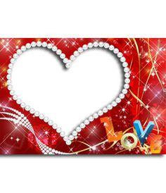 Foto efecto con forma de corazón hecho con perlas y el texo LOVE en colores. http://www.fotoefectos.com