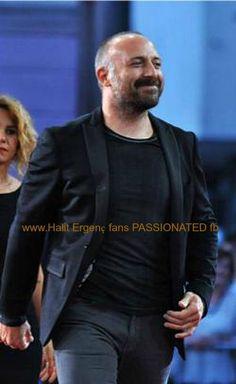20. Saraybosna Film Festivali, 'Muhteşem Yüzyıl' dizisinin başrol oyuncusu Halit Ergenç, festivalin 'özel konuğu' olarak kırmızı halıda hayranlarını selamladı.