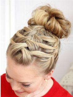 50 Arresting Party Hair Bun Ideas | http://buzz16.com/arresting-party-hair-bun-ideas/