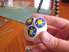 Picture of Covering the Egg Egg Dye, Egg And I, Easy Projects, Easter Eggs, Polymer Clay, Modeling Dough