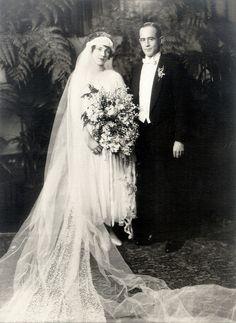 :::::::::: Vintage Photograph :::::::::::  Wedding Couple Dec. 23, 1923