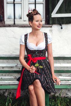 Schwarzes Minidirndl Evelyn - Dirndl.com