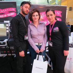 Da destra Simonetta Gregorio in compagnia della modella e cliente affezionata del punto vendita Sensation Profumerie di Catanzaro, che esibisce il trucco ultimato e Francesco D' Agostino, MUA di Givency le Make Up.