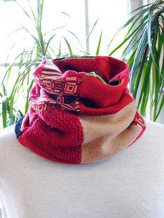 Red Beige Black Chunky Neck Warmer Warm by UrsaMajorDesigns