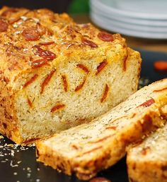 Cheesy Pepperoni Pizza Beer Bread | 16 Homemade Bread Recipes That Are Absolutely Savory by Homemade Recipes at http://homemaderecipes.com/course/pastas-bread/16-homemade-bread-recipes/