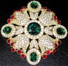 KJL-KENNETH-J-LANE-Jewels-of-India-Red-Green-Ice-Rhinestone-Pin-Pendant
