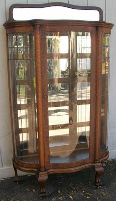 ANTIQUE BOW FRONT OAK CHINA CABINET CLAW FEET CURVED GLASS OR BEST ...