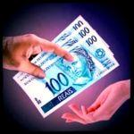 App financeiro Eu ajudo você Produtos que não precisa estocar,entrega via email,não precisa de logistica,compre e tenha o direito de #revenda,pague e receba com as facilidades de uma conta #paypal,vamos imaginar a seguinte situação: Você compra um #ebook por $15,terá direito de revenda,pelo preço sugerido de $15,indicou para um amigo,ja pagou o seu #investimento e seu #amigo vai poder #vender também para os amigos,agora imagine o seguinte:se indicar para 100 amigos e 70 compre e queiram…