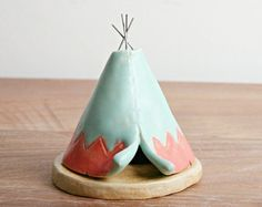 Incense Burner TeePee that smokes Ceramic Navy by HicklinHomestead Polymer Clay Animals, Polymer Clay Crafts, Diy Clay, Pottery Painting Designs, Pottery Designs, Ceramics Projects, Clay Projects, Ceramic Painting, Ceramic Art