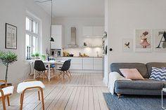 Apartamento femenino, con la cocina abierta al salón