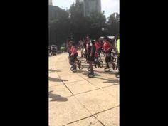 Kangoo Jumpers en el Ángel de la Independencia, calentando motores antes de arrancar el Boot Camp, con Edu Costa y la familia Kangoo Club México. ¡Todo un éxito!
