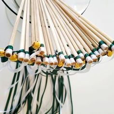 Baguette Mariage | Vert forêt et blanc | LA BOÎTE A RUBANS Costume, Wedding Wands, Custom Ribbon, Congratulations, Fancy Dress, Costumes, Costume Dress
