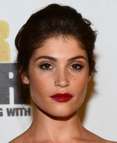 Gemma Arterton make up