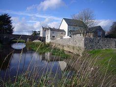 Bridge House, Callan - Adjacent to Kings River, County Kilkenny, Ireland