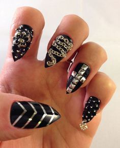 Bad ass black stiletto nails with studs, chains, embellishments Glue On Nails, 3d Nails, Stiletto Nails, Perfect Nails, Gorgeous Nails, Pretty Nails, Gothic Nail Art, Punk Nails, Sharp Nails
