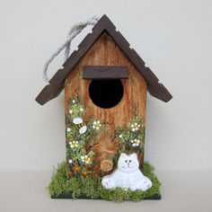Mini Birdhouse with White Kitten by sanquicreations on Etsy, $8.99