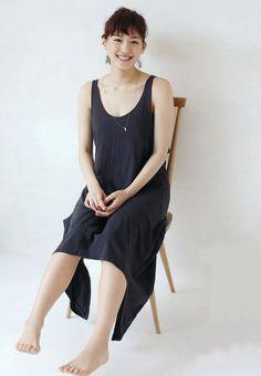 Japan Girl, Japanese Beauty, Photo Reference, Cute Woman, Celebrity News, Ballet Skirt, Feminine, Actresses, Poses