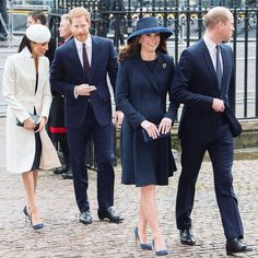 Meghan Markle and Kate Middleton just wore navy pumps, and now we NEED navy pumps. Our fave styles to buy now (for every budget) — link in bio.